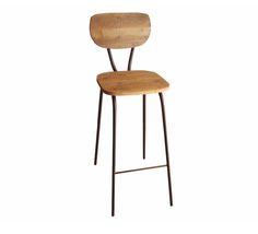 Taburete modelo Smile Rustic de estilo Vintage Industrial con estructura de acero acabado en óxido y asiento y respaldo de madera.