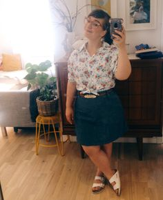 Day 11 -First mirror-selfie of #mmmay16. Me made chambray skirt paired with a vintage shirt. #sewheijude