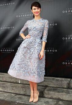 Olga Kurylenko in Elie Saab Couture @ 'Oblivion' Moscow Premiere