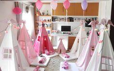 Festa do Pijama da Ana Luisa!!! Noite incrível! #festadopijama#sleepover#teepee#cabanas#kids#kidsparty#festainfantil#festaemcasa#diversão#crazyfortents