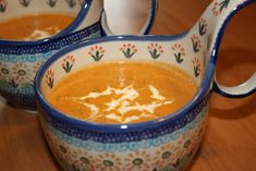 Taste the difference between this homemade zupa pomidorowa tomato soup and canned tomato soup. You won't believe this difference; homemade wins, hands down! Tripe Soup, Soup Recipes, Cooking Recipes, Canned Tomato Soup, Whole Wheat Pizza, Food Backgrounds, Hot Soup, English Food, Polish Recipes