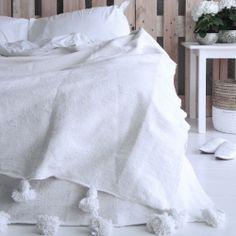 Pre-order Moroccan pompom blanket XL off-white 200 x 300 cm