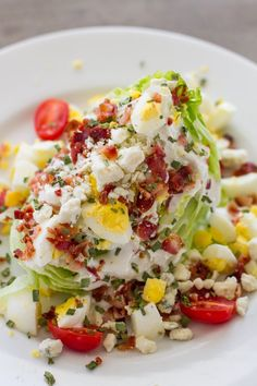 13 easy and quick keto salad recipes which you can have for your lunch or dinner. Some cool keto salads to keep you relaxed in summer time. Keto Foods, Ketogenic Recipes, Diet Recipes, Cooking Recipes, Ketogenic Diet, Juice Recipes, Keto Meal, Wedge Salad Recipes, Salad Recipes For Dinner