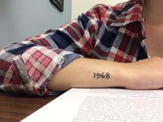 40 Cute Tiny Tattoos To Ink In 2015 | http://art.ekstrax.com/2015/09/cute-tiny-tattoos-to-ink-in-2015.html