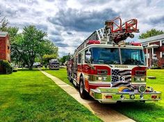 FEATURED POST   @wvm615 -  Ladder 8 operating as the first due truck for a fire in an apartment building yesterday in 77's first due. . . TAG A FRIEND! http://ift.tt/2aftxS9 . Facebook- chiefmiller1 Periscope -chief_miller Tumbr- chief-miller Twitter - chief_miller YouTube- chief miller  Use #chiefmiller in your post! .  #firetruck #firedepartment #fireman #firefighters #ems #kcco  #flashover #firefighting #paramedic #firehouse #firstresponders #firedept  #feuerwehr #crossfit  #brandweer…