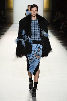 Dries Van Noten Fall 2018 Ready-to-Wear Fashion Show Collection