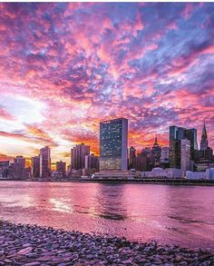 Midtown Manhattan by 212sid by newyorkcityfeelings.com - The Best Photos and Videos of New York City including the Statue of Liberty Brooklyn Bridge Central Park Empire State Building Chrysler Building and other popular New York places and attractions.