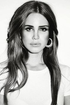 She defines beauty<3