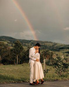Vestido Tie Dye, Wedding Ideias, Foto E Video, Big Day, White Dress, Couple Photos, Couples, Instagram, 35