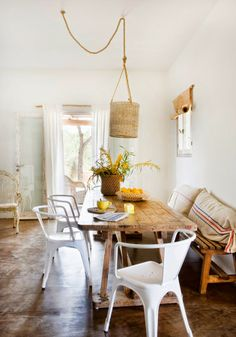 ChicDecó | Summer country house in Spain • Dining area
