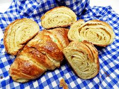 Bread Recipes, Cooking Recipes, Taste Of Home, Pastry Cake, Croissants, Appetizers, Sweets, Baking, Breakfast