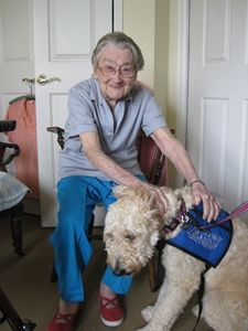 Dog Therapy is a Hit at Sunrise of Annapolis, MD via @Sunrise Senior Living #aging