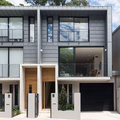 #Sydney based Connor&Solomon #Architects reveal a #modern take on the traditional in Paddington. Full story: http://www.rogerseller.com.au/blog/inner-city-living-in-paddington-sydney/ Images by @BresicWhitney #rogerseller #modernarchitecture #architecture #architect #archidaily #design #designer #archilovers #designinspo #interiorinspo #designerhome #modernbathroom #designerbathroom #luxurybathroom #interiors #australiandesign #australianhomes #australianarchitects #sydneyarchitecture
