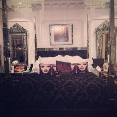 Paris Hilton House -Bedroom
