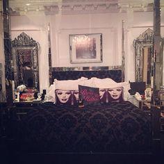 paris hilton house bedroom more paris hilton bedrooms hilton room room