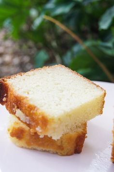 If you have read my writings long enough, you know my love affair with  pound cakes.  Out of all the cakes – and believe me, I had my share of  different types of cakes in my lifetime – the simple pound cakes grabs me  every single time. Hands down.  My wedding cake was a pound cake. Which was soaked in rum and filled… oh,  wait were was I.. oh, yeah – sorry.  But, like any baker (or cook) knows, we are always (and I truly mean  ALWAYS) looking for the next best recipe of our favorite thing…