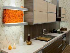 Moos Design | Personalizari cu muschi si licheni Moss Graffiti, Moss Decor, Moss Art, Garden Design, Kitchen Cabinets, Interior, Wall, Room, Vertical Gardens