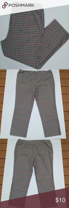 """Liz Clairborne Checkered Jackie Pants This are so cute and super comfortable. Checkered navy, olive green and orange intersects over a cream background. 2 front pockets, 2 back. Flat waistband with hidden clasp and button closure. Poly/viscose/spandex blend.  Size 20W, true to size, minimal stretch (but does have elastic inserts in waist). Has some pilling, mostly at thighs.  31"""" inseam.   Great for a casual or slightly dressier preppy look. Liz Claiborne Pants Trousers"""