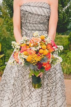 Oh my, this bouquet is a stunner!!