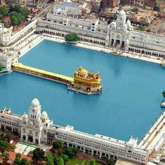 The Golden Temple, Amritsar, India. The Golden Temple (informal name in… Temple India, Indian Temple, Places To Travel, Travel Destinations, Places To Visit, Harmandir Sahib, Golden Temple Amritsar, Amazing India, Amazing Pictures