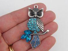 1 Owl pendant 47 x 40mm antique silver tone by nicoledebruin on Etsy https://www.etsy.com/listing/153062137/1-owl-pendant-47-x-40mm-antique-silver