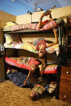 8 kids in one bedroom! Great idea for bunks! [From heavy duty supermarket shelving!]