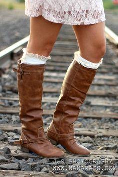 Outlaw Zipper Back Boots