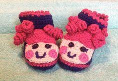 Crochet baby booties Lalaloopsy inspired. 0-3 by LittleYeya
