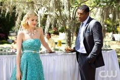 Hart Of Dixie. Love the colour of this dress