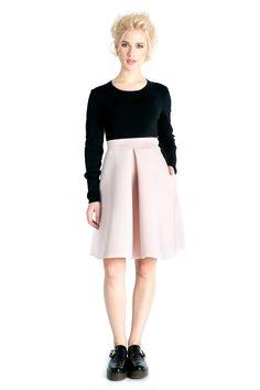 #pinkskirt #lovelyoutfit  http://www.bluzat.ro/produs/fusta-neopren/