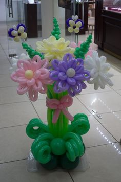 Butterfly Balloons, Balloon Flowers, Ballon Decorations, Balloon Centerpieces, Diy Party Crafts, Craft Party, Balloon Columns, Balloon Arch, Mothers Day Balloons