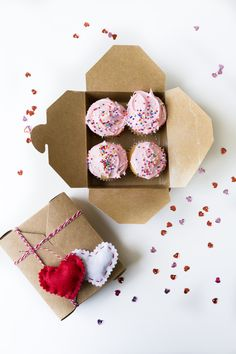 Valentine's Day is all about showing the sweeties in your life that you love them, and sweets are the best way to do that! To make them feel super special, here are a few super simple ways to wrap ...