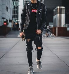 "2,723 Likes, 28 Comments - FASHION ✖️ MWS (@menswithstyles) on Instagram: ""Rate 1️⃣ - 1️⃣0️⃣ ! By @leonbrdn ✔ do you like this style ?  Tag #mwstyles in your picture for…"""