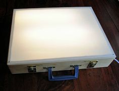 Always looked at making light boxes, but I like the added idea of using a wooden case, so you can carry it with you.