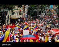 #1M #Carabobo héroico se hizo sentir una vez más en #LaCalle exigiendo sus derechos y reivindicaciones  pic.twitter.com/WXJEDVSeWS
