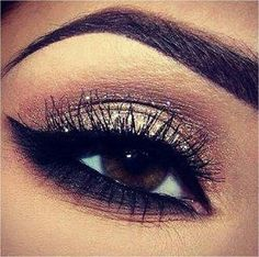 Eye makeup    Where to buy Real Techniques brushes makeup -$10 http://youtu.be/rsdio0EoCPQ