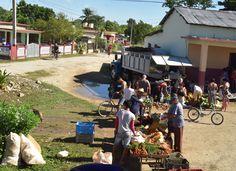 Farmer's market in Cuba