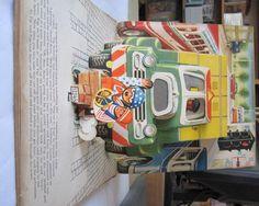 Rare & Out of Print Books  Tel: 01291 689755  Email: orders@stellabooks.com     TIP & TOP BUILD A MOTORCAR - Kubasta, V.. Illus. by Kubasta, Vojtech