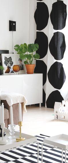 Via Hunajaista | Scandinavian Black and White | Ikea Rand | Marimekko Curtains