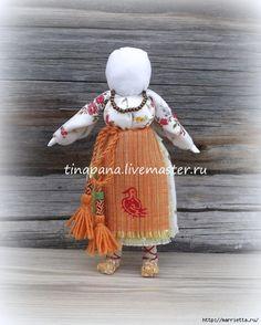 Comment coudre une poupée folklorique traditionnelle Ryabinka (12) (561x700, 265KB)