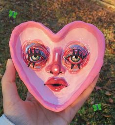 Clay Art Projects, Clay Crafts, Arte Indie, Keramik Design, Art N Craft, Art Hoe, Aesthetic Art, Pottery Art, Ceramic Art