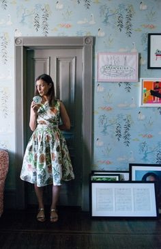 Beautiful swan wallpaper in Vogue digital creative director Sally Singer's New York home.