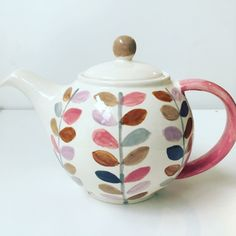 Orla kelly inspired teapot for a housewarming gift! Pottery Painting, Ceramic Painting, Creative Workshop, Pinch Pots, Handmade Pottery, Watercolor Flowers, Teapot, House Warming, Make Your Own