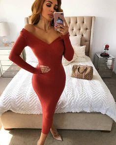 Picking one of the perfect red dresses for Valentines day can be difficult given the amount of options available. Sequin Dress, Bodycon Dress, Custom Dresses, Timeless Classic, Shades Of Red, Simple Outfits, Day Dresses, Beautiful Dresses, What To Wear