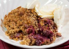 Cranberry, pear and walnut crumble recipe | Baking & Desserts