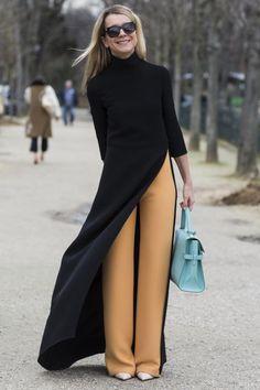Beim Pariser Streetstyle kann man mit Skinny Jeans nicht mehr punkten. Hier sorgen weite Marlenehosen für eine interessante Silhouette.