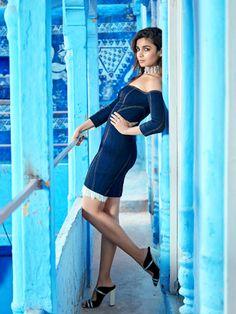 Alia Bhatt photoshoot for Vogue Magazine February Alia is looking ravishing in her hot poses. Checkout Alia Bhatt images from Vogue Magazine Bollywood Actress Hot Photos, Bollywood Girls, Bollywood Fashion, Bollywood Pictures, Bollywood Style, Actress Photos, Indian Celebrities, Bollywood Celebrities, Bollywood Actors