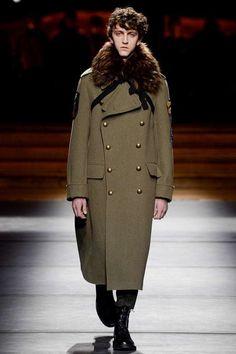 Male Fashion Trends: Dries Van Noten Fall/Winter 2016/17 - Paris Fashion Week