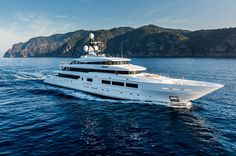 Binary Options Millionaire Takes Over The Cape Town Marina With An Extravagant Party On $30M Yacht – 24BusinessNews
