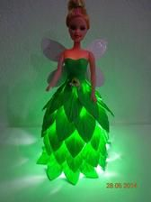 Night light of Barbie dolls Pet bottle you have is not it? Doll Crafts, Cute Crafts, Diy Crafts For Kids, Easy Crafts, Craft Ideas, Water Bottle Crafts, Plastic Bottle Crafts, Bottle Art, Barbie Clothes
